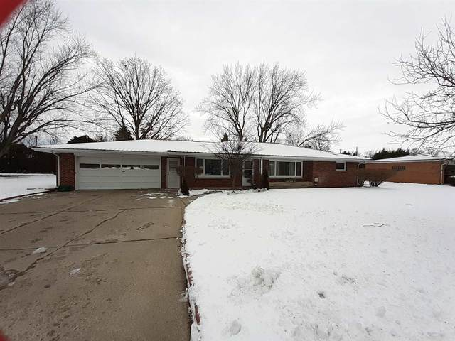 229 Thorndale Drive, Elkhart, IN 46517 (MLS #202103189) :: Aimee Ness Realty Group