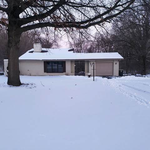 2402 W State Court, Fort Wayne, IN 46808 (MLS #202103563) :: Aimee Ness Realty Group