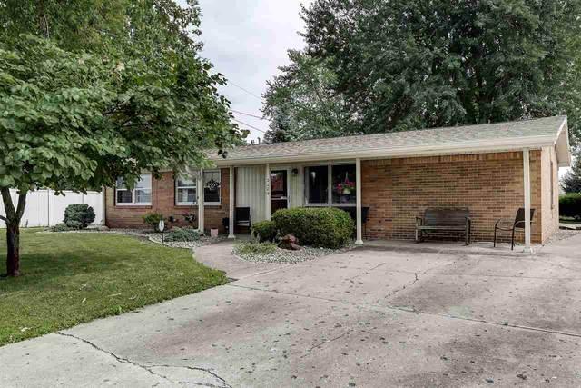 2209 Saratoga Avenue, Kokomo, IN 46902 (MLS #202103906) :: The Romanski Group - Keller Williams Realty