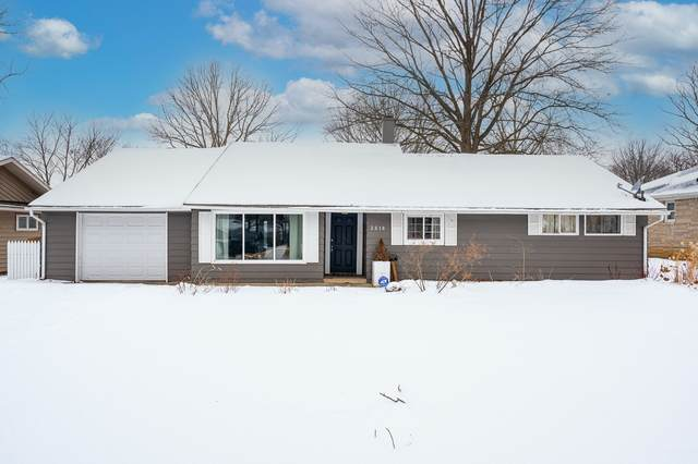 2618 Sunnymede Drive, Fort Wayne, IN 46803 (MLS #202104520) :: Aimee Ness Realty Group