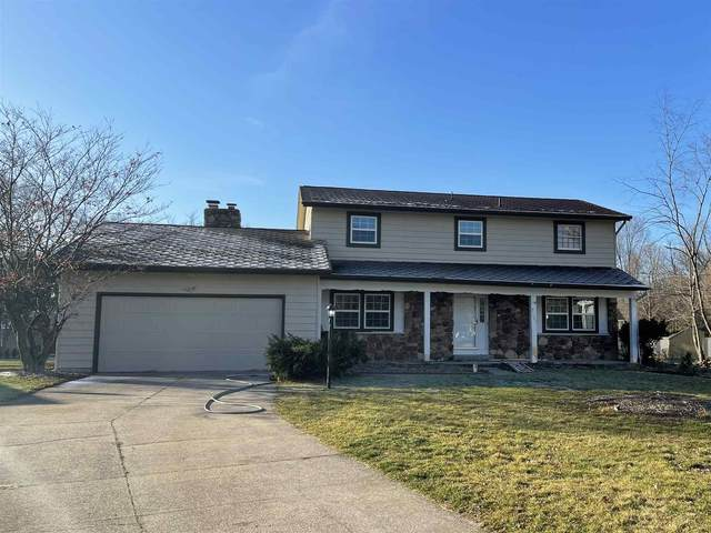 1301 Andover Place, Elkhart, IN 46514 (MLS #202105196) :: Aimee Ness Realty Group