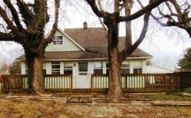 516 N 5th Street, Mitchell, IN 47446 (MLS #202105205) :: The Carole King Team
