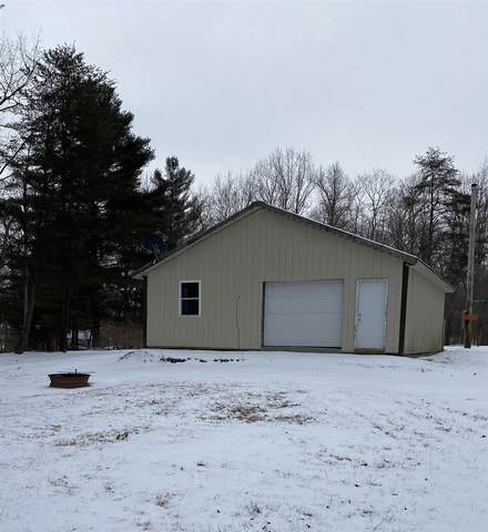 5890 S Woodlawn Drive, Paoli, IN 47454 (MLS #202105359) :: Aimee Ness Realty Group