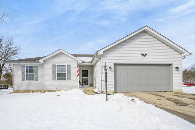 50613 Goldenview Drive, Granger, IN 46530 (MLS #202105764) :: The ORR Home Selling Team