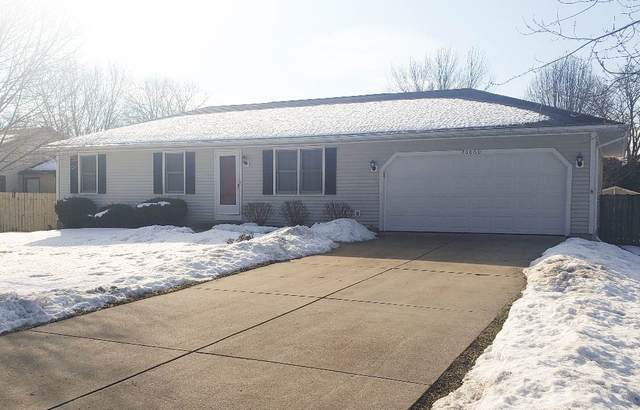 20060 Smallwood Street, South Bend, IN 46637 (MLS #202105768) :: The ORR Home Selling Team