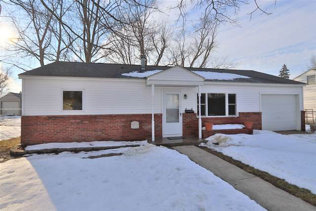 622 S Maple Street, Monticello, IN 47960 (MLS #202105795) :: The Romanski Group - Keller Williams Realty