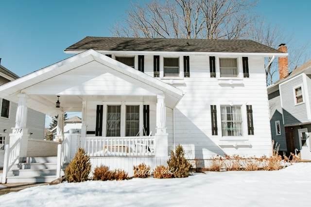 214 N Seminole Circle, Fort Wayne, IN 46807 (MLS #202105828) :: The ORR Home Selling Team