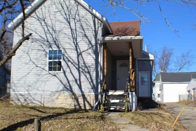 360 W Main Street, Wabash, IN 46992 (MLS #202105896) :: The ORR Home Selling Team