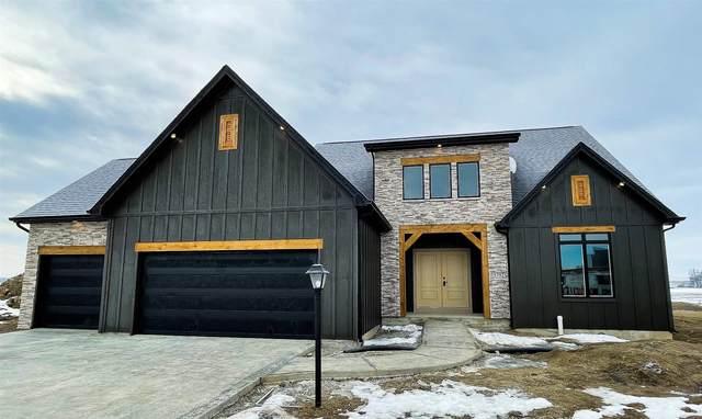 5792 Eider Trail, Fort Wayne, IN 46818 (MLS #202106023) :: Anthony REALTORS
