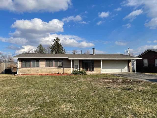 1320 Meadowbrook Drive, Kokomo, IN 46902 (MLS #202106233) :: The Romanski Group - Keller Williams Realty