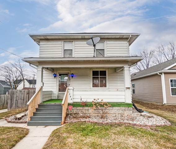 1244 Nuttman Avenue, Fort Wayne, IN 46807 (MLS #202106506) :: TEAM Tamara