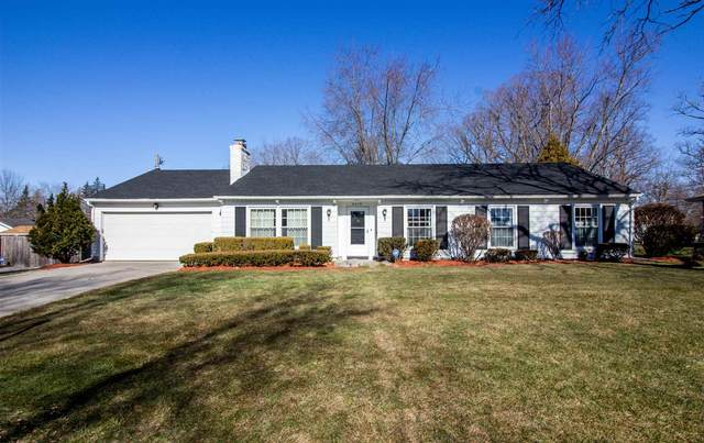 4019 Highwood Drive, Fort Wayne, IN 46815 (MLS #202106511) :: Aimee Ness Realty Group
