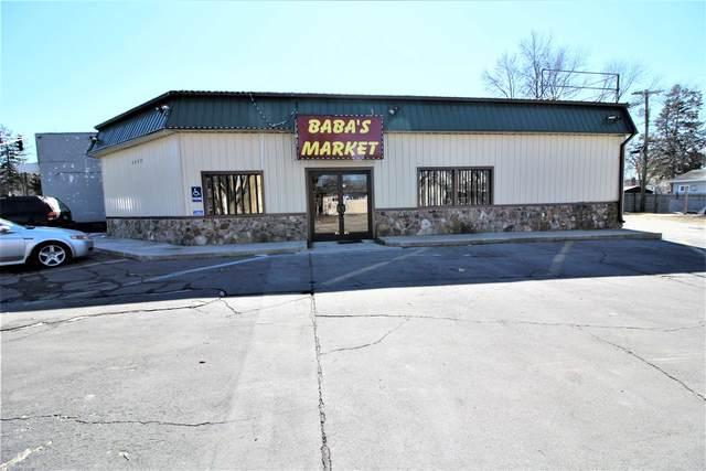 4228 S Calhoun Street, Fort Wayne, IN 46807 (MLS #202106531) :: TEAM Tamara