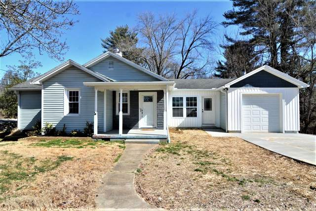 8317 Old State Road, Evansville, IN 47710 (MLS #202106612) :: The ORR Home Selling Team
