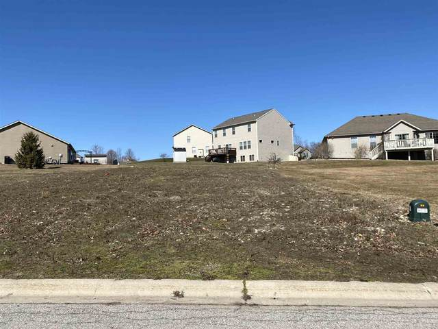 25875 Running Creek Drive, South Bend, IN 46628 (MLS #202106891) :: The Dauby Team