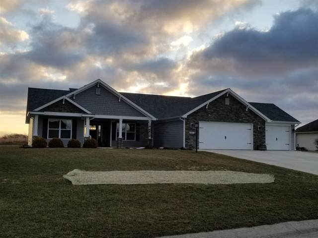 1005 Osprey Court, Kendallville, IN 46755 (MLS #202106907) :: Aimee Ness Realty Group