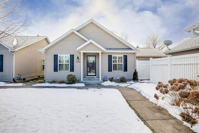 3506 Durham Lane, Mishawaka, IN 46545 (MLS #202106966) :: The ORR Home Selling Team