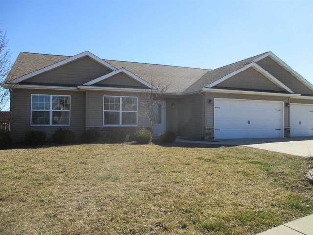 197 Chickadee Lane, Warsaw, IN 46580 (MLS #202106973) :: TEAM Tamara