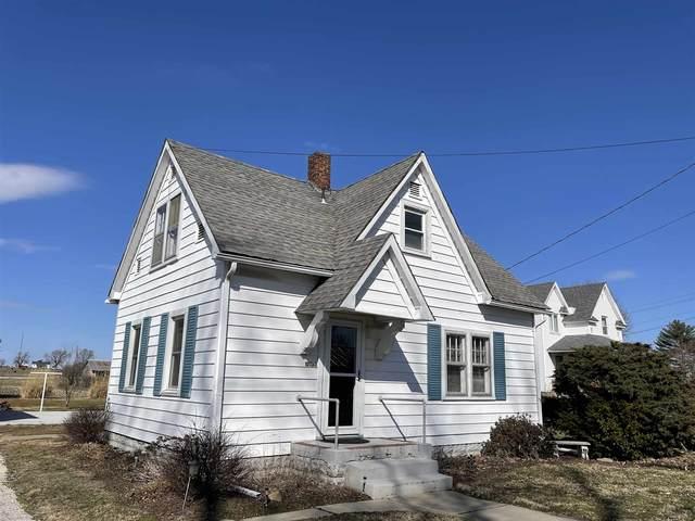 17130 E Market Street, Westphalia, IN 47596 (MLS #202107003) :: The ORR Home Selling Team