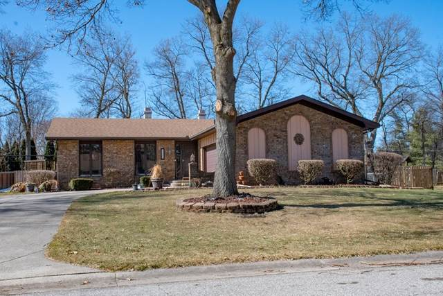 51899 Bellflower Lane, Granger, IN 46530 (MLS #202107009) :: The ORR Home Selling Team