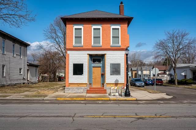 1202 W Main Street, Fort Wayne, IN 46808 (MLS #202108798) :: TEAM Tamara