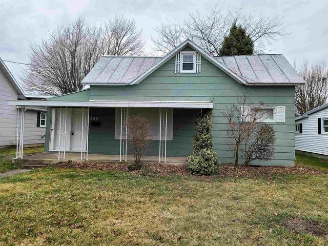 223 N Jackson Street, Winchester, IN 47394 (MLS #202108978) :: The ORR Home Selling Team