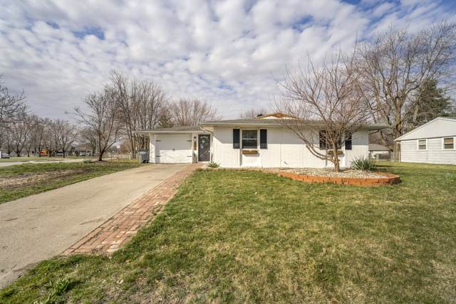 3713 Southlea Drive, Kokomo, IN 46902 (MLS #202109315) :: The Romanski Group - Keller Williams Realty