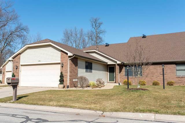1226 Lakewood Hills Drive, Warsaw, IN 46580 (MLS #202109450) :: RE/MAX Legacy