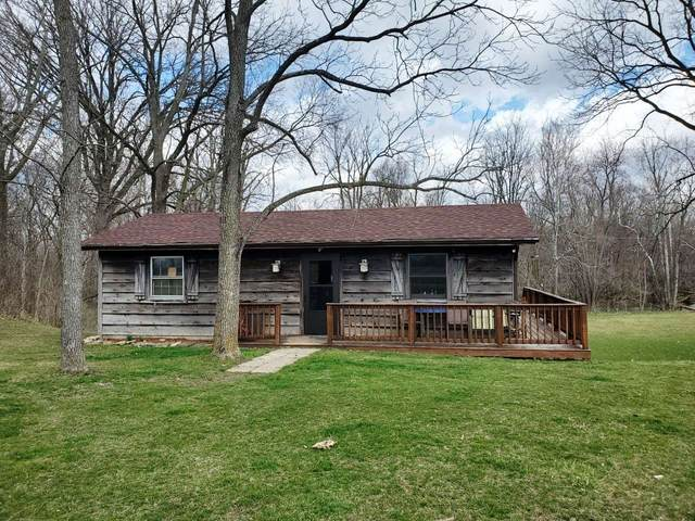 14100 E Edgewater Road, Albany, IN 47320 (MLS #202109653) :: The ORR Home Selling Team