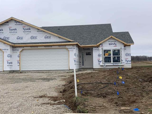 3933 Gussie Court, Warsaw, IN 46582 (MLS #202109706) :: RE/MAX Legacy