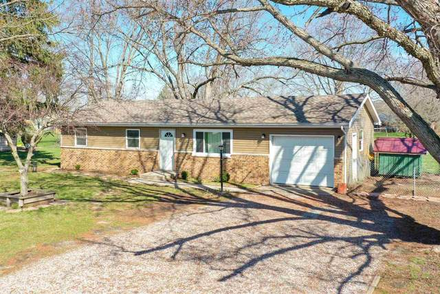402 S Park Drive, Monticello, IN 47960 (MLS #202110103) :: Aimee Ness Realty Group
