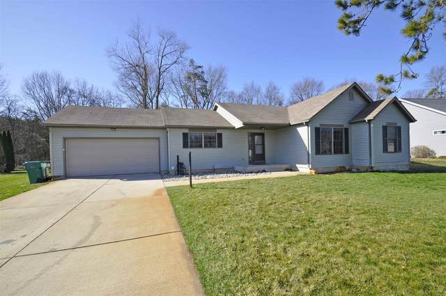 26862 Rozana Court, South Bend, IN 46619 (MLS #202110942) :: The Dauby Team