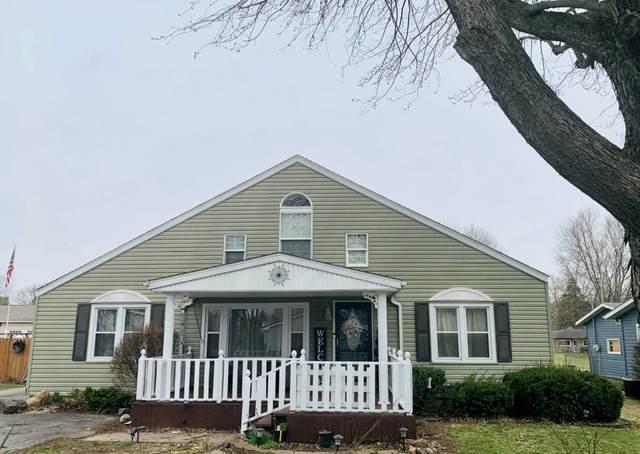 10810 W Sweet Gum Street, Yorktown, IN 47396 (MLS #202111227) :: The ORR Home Selling Team