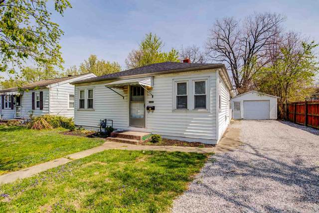 2121 Harding Avenue, Evansville, IN 47711 (MLS #202111834) :: The Natasha Hernandez Team