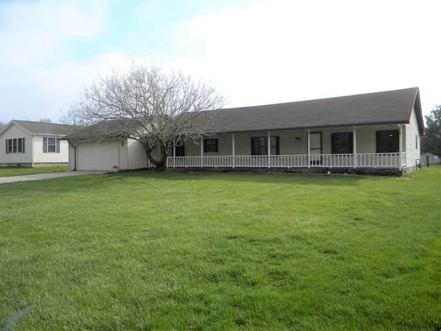 413 N Mid Lake Drive, North Webster, IN 46555 (MLS #202112015) :: TEAM Tamara