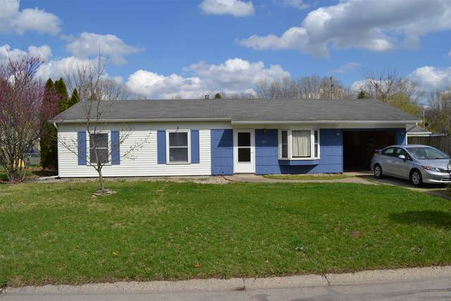 1816 Sue Avenue, Warsaw, IN 46580 (MLS #202112136) :: Anthony REALTORS