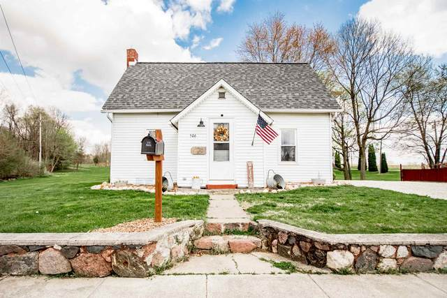 506 N Calhoun Street, South Whitley, IN 46787 (MLS #202112139) :: Anthony REALTORS