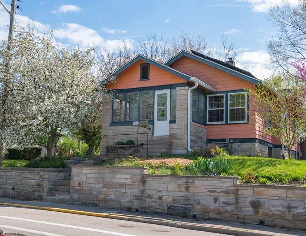 1301 S Lincoln Street, Bloomington, IN 47401 (MLS #202112415) :: RE/MAX Legacy