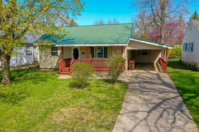 106 E Harrison Avenue, Wabash, IN 46992 (MLS #202112453) :: The Romanski Group - Keller Williams Realty