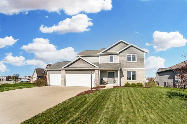 1401 Wescott Drive, Fort Wayne, IN 46818 (MLS #202112710) :: TEAM Tamara