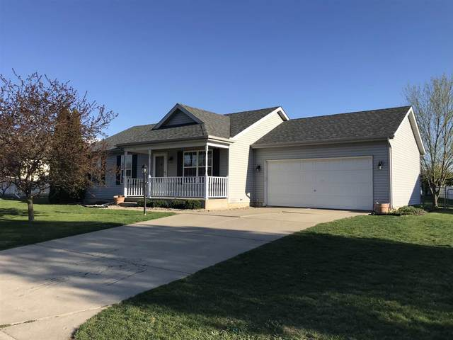 200 Taylors Way, North Liberty, IN 46554 (MLS #202112920) :: Hoosier Heartland Team | RE/MAX Crossroads