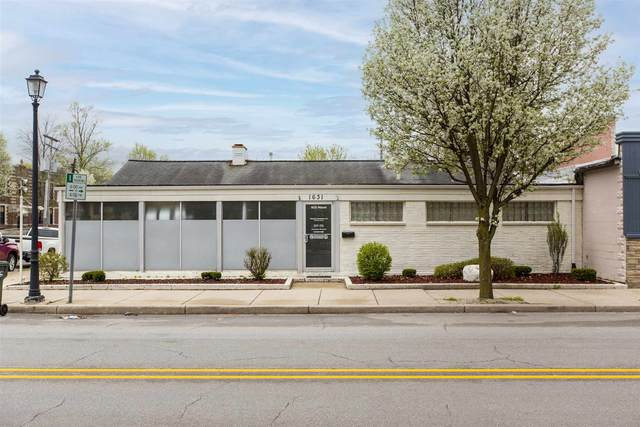 1631 Miami Street, South Bend, IN 46613 (MLS #202113048) :: Parker Team