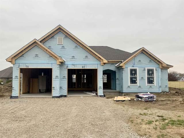 1200 N Wild Pine Drive, Yorktown, IN 47396 (MLS #202113304) :: The ORR Home Selling Team