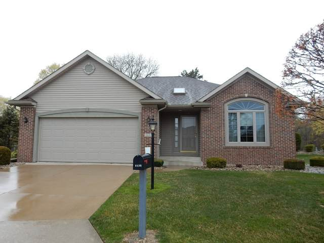 1135 Abby Court, Goshen, IN 46526 (MLS #202113352) :: RE/MAX Legacy