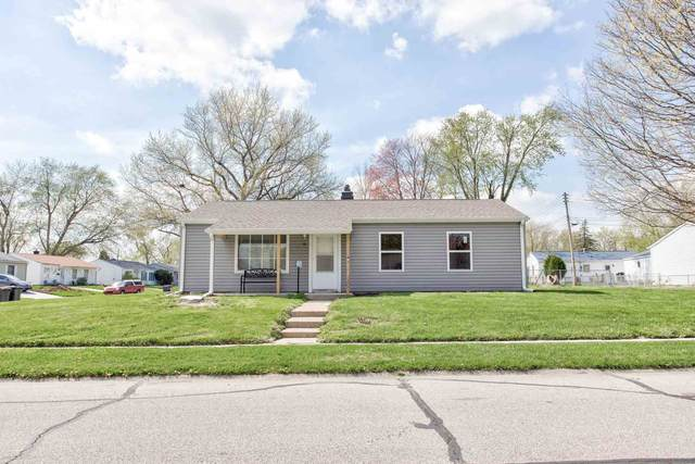 10 East Court, Lafayette, IN 47909 (MLS #202113465) :: The Carole King Team
