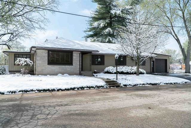 535 Lincoln Street, Wabash, IN 46992 (MLS #202113524) :: Aimee Ness Realty Group