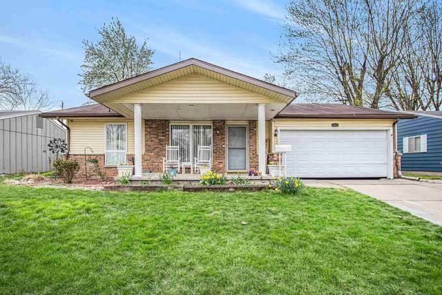 1982 Renfrew Drive, South Bend, IN 46614 (MLS #202113608) :: RE/MAX Legacy