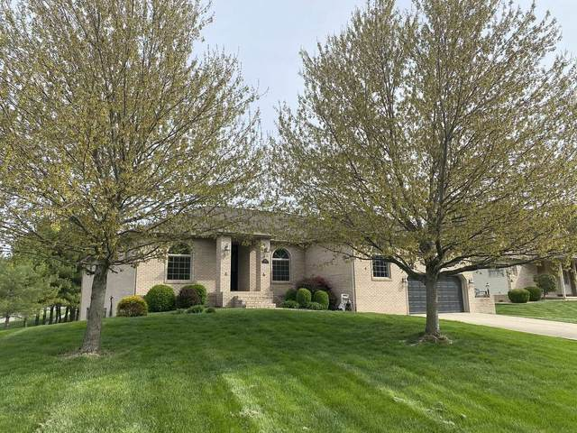 3901 E Stonegate Drive, Bloomington, IN 47401 (MLS #202114077) :: RE/MAX Legacy
