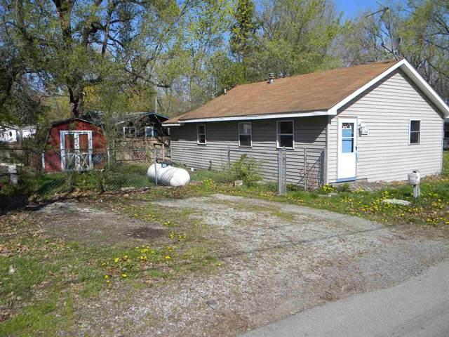 744 S Parkside Drive, Cromwell, IN 46732 (MLS #202114227) :: TEAM Tamara