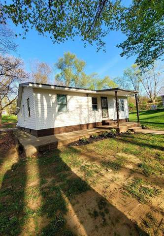 206 S 27th Street, Goshen, IN 46528 (MLS #202114810) :: Aimee Ness Realty Group